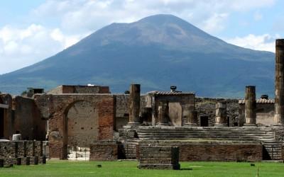 2001 – Italia